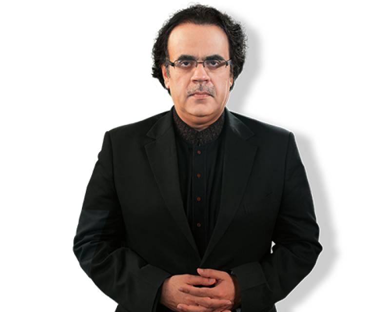 Social media buffs chant U-turn as Dr Shahid Masood joins electronic media again
