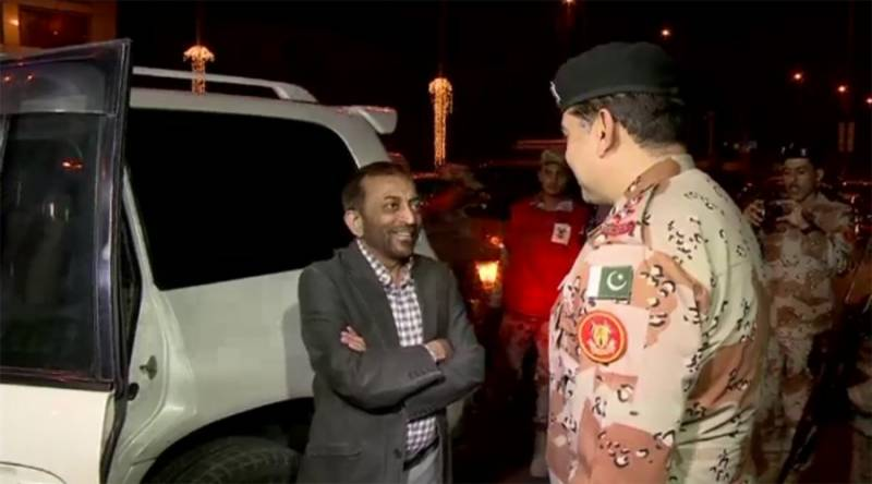 Farooq Sattar, Rangers come face-to-face again as Karachi operation continues