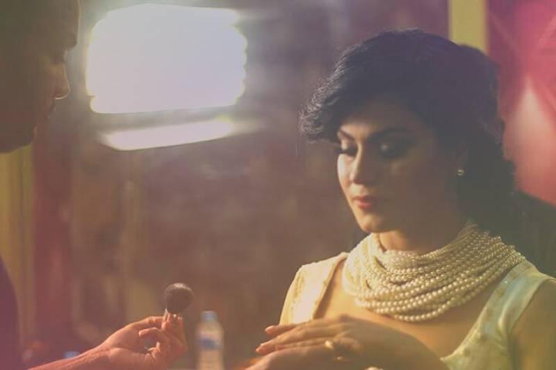 Veena Malik tweets her patriotic traditional look in an upcoming song