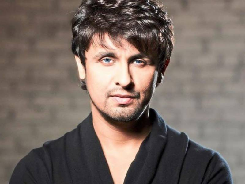 Sonu Nigam in a fit against the morning azaan, angers fans all over