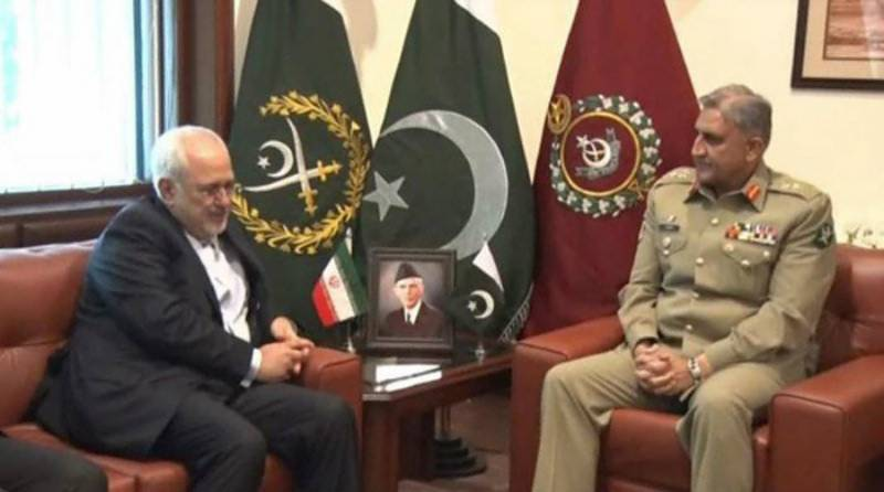 Pakistan committed to have lasting relation with Iran, COAS Bajwa tells FM Zarif