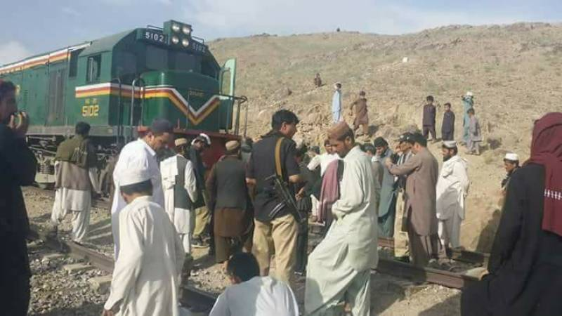 Chaman saved from a major attack after unknown terrorists sabotage railway tracks