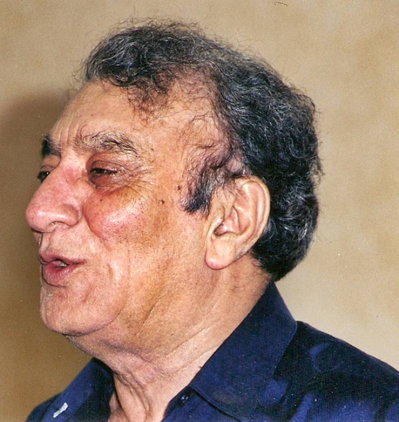 Poet Ahmed Faraz's family to get new medals as police fail to recover stolen ones