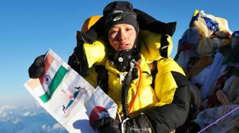 Indian woman breaks world record by scaling Everest twice in a week