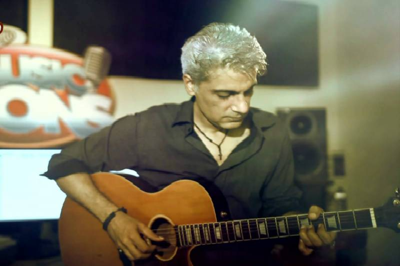 Legendary guitarist Aamir Zaki passes away
