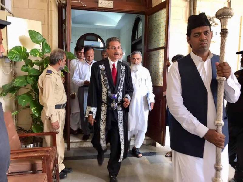 This is not a photoshopped picture, this is Karachi mayor heading to attend KMC session