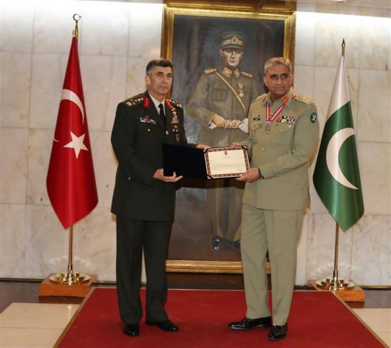 Pakistan army chief awarded Legion of Merit award in Turkey