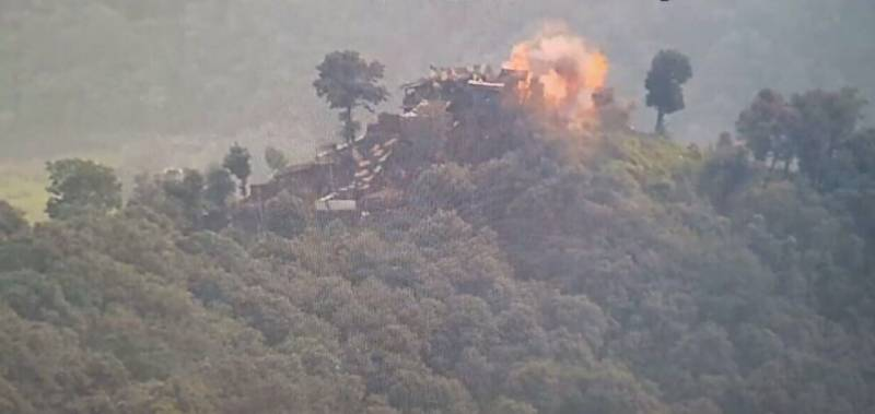 Pakistan Army kills 3 Indian troops, destroys posts in befitting response