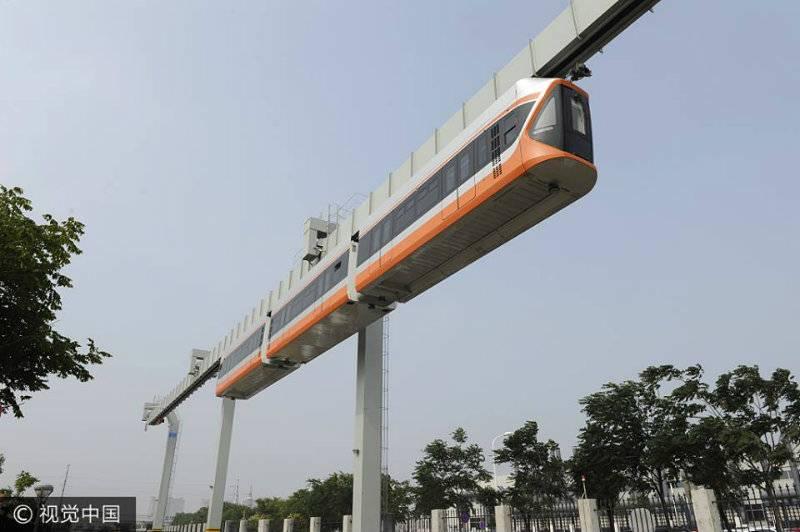 'Skytrain' begins trial runs in China