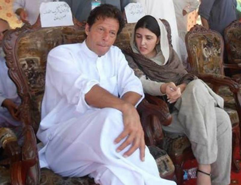 Imran sent me inappropriate text messages, claims Ayesha Gulalai
