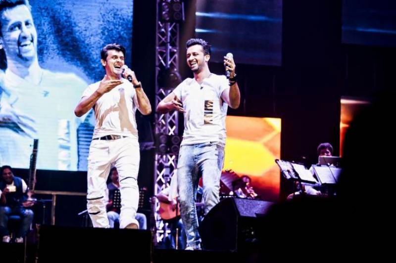 Here are Atif Aslam and Sonu Nigam in their EPIC music FACE-OFF!