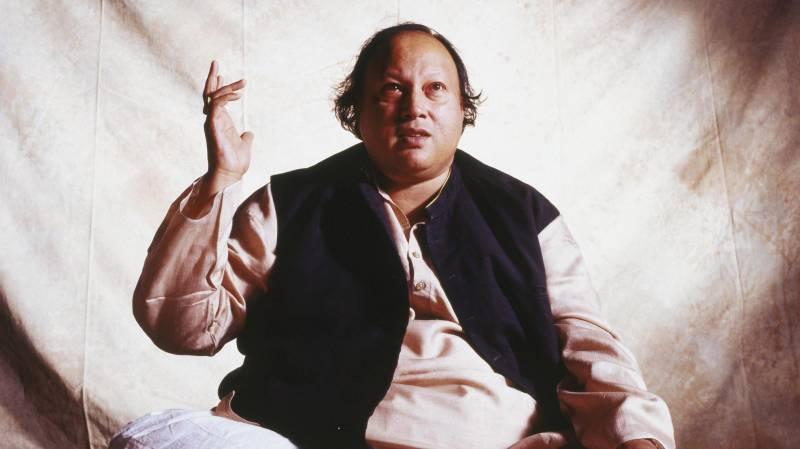 Remembering Nusrat Fateh Ali Khan - The Legend's 10 Best Qawwalis