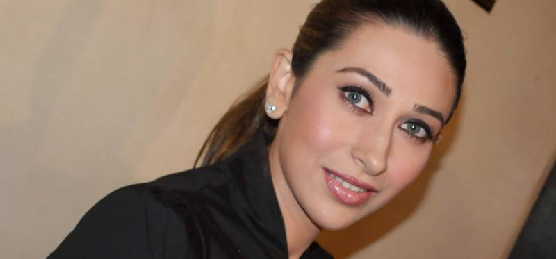 Karisma Kapoor received Rs.14 Crore after divorce, & is now set for life!