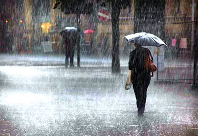 Heavy rains hit Pakistan's coastal cities amid urban flood warning