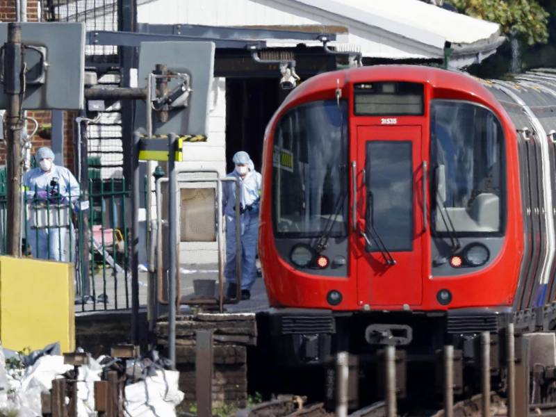ISIS claims responsibility for London tube explosion