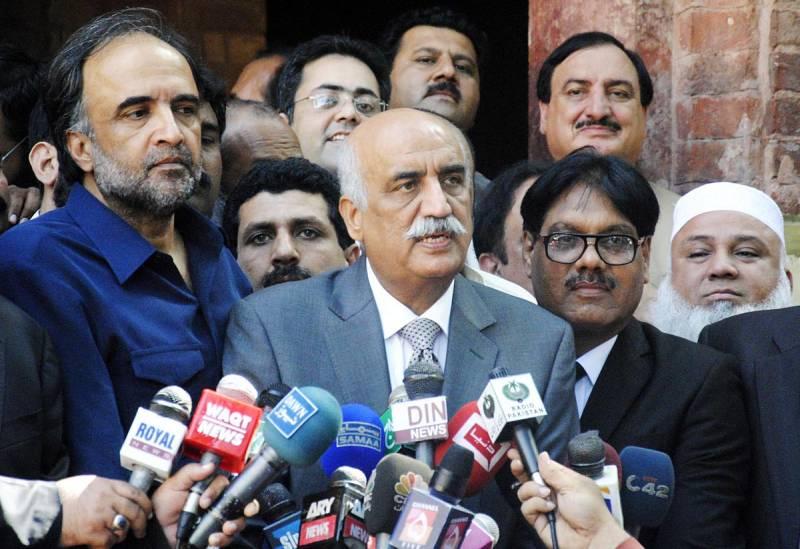 Khursheed Shah heaps scorn on PTI, lauds Nawaz Sharif for coming back