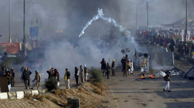 'Kidnapped' police officials found tortured in Rawalpindi after TLYR calls off sit-in