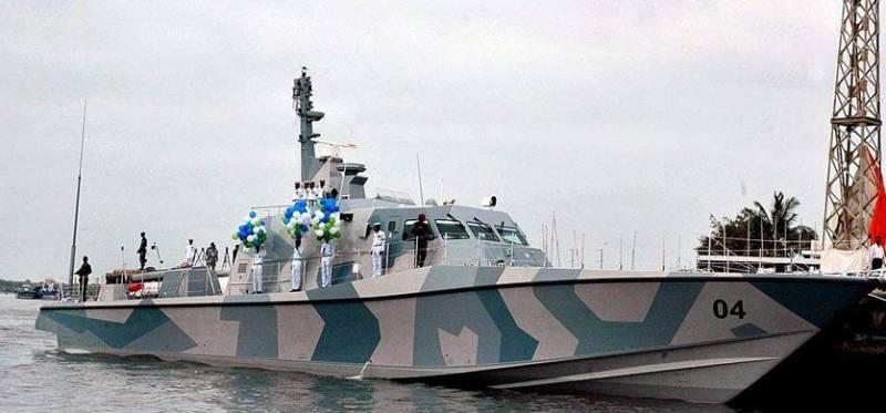Pakistan Navy rescues Yemeni cargo ship stranded for 10 days