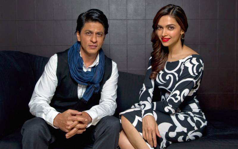 This cute moment between SRK and Deepika Padukone will melt your heart