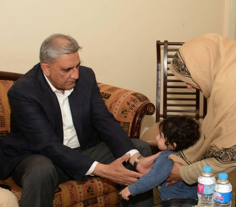 COAS Bajwa visits home of martyred Major Ishaq in Lahore