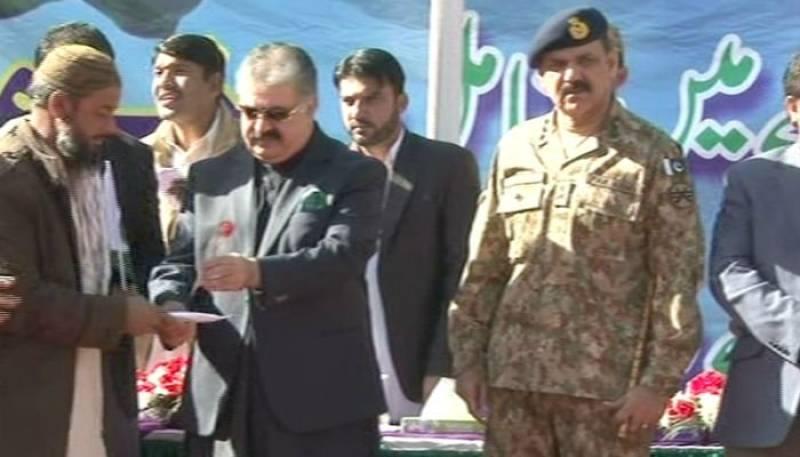 Over 300 militants surrender in Quetta