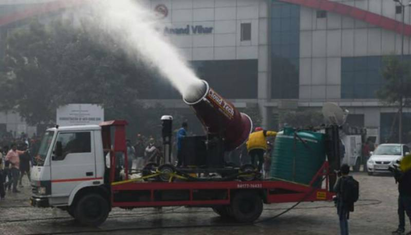 India introduces anti-smog cannon in fight against Delhi pollution
