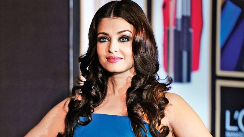 Aishwarya Rai Bachchan may be roped for remake of this Bollywood film