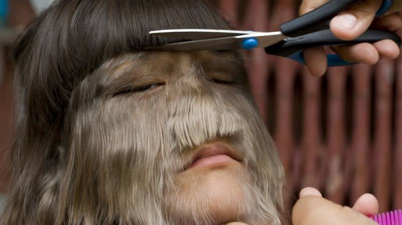 Werewolf: 'World's hairiest girl' shaves her face to tie knot with love of her life