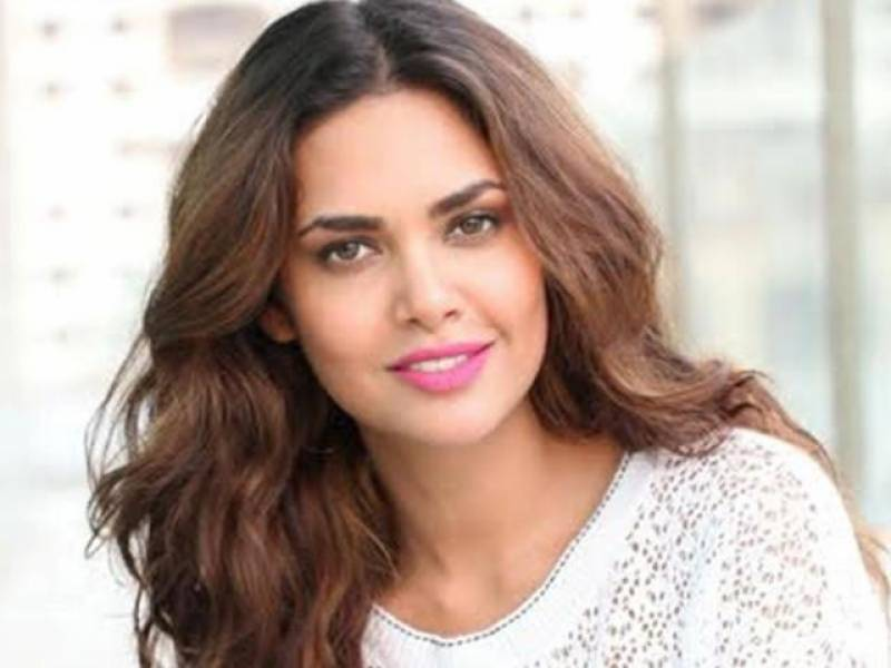 Esha Gupta's latest pictures are breaking the internet, but are they hot?