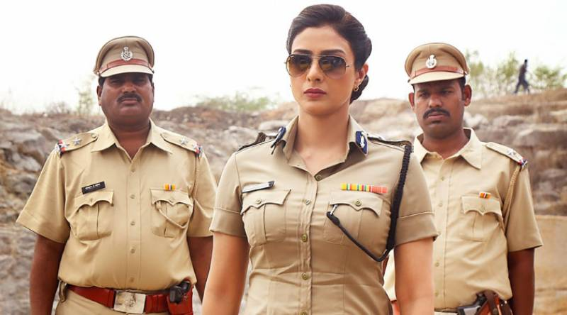 Woman police officer caught red-handed with Indian inspector in compromising position