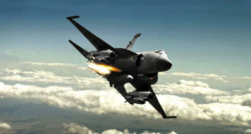 VIDEO: Pakistan's JF-17 Thunder makes history by successfully hitting its target with Beyond Visual Range infra-red air-to-air missile
