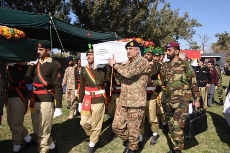 Gen Bajwa attends funeral prayers of martyred army personnel in Peshawar