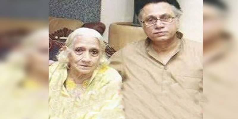 Hassan Nisar's mother dies in Lahore