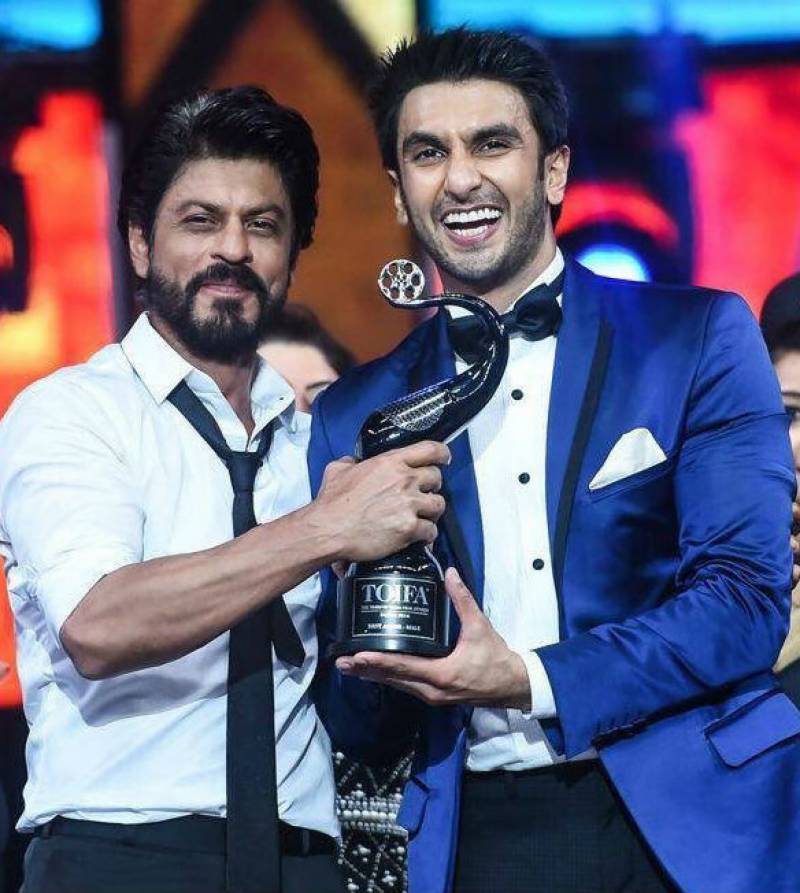 Ranveer Singh receives the sweetest response from SRK after an honest mistake