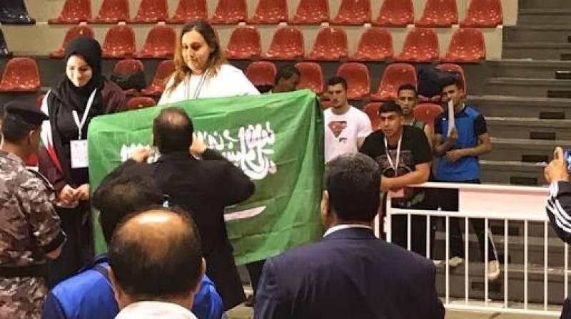 Saudi Arabia's first female boxer is going big
