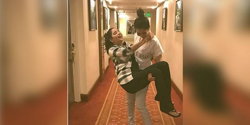 Hania Amir swaying Saboor Aly off her feet is the new way to wish a happy birthday