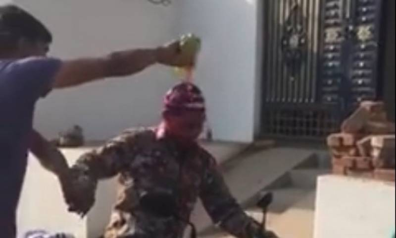 'Holi Harassment': Hindu extremists forcefully drench Muslims in colours in India (Videos)