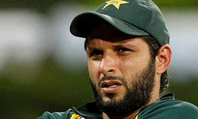 Shahid Afridi 'stolen' from the streets of Karachi