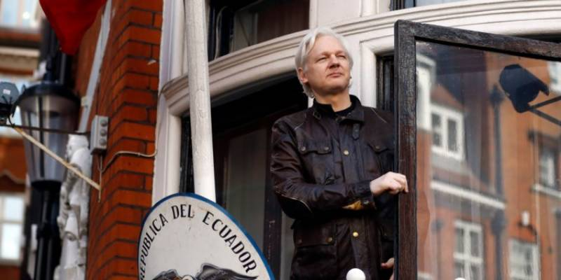 Julian Assange's internet access blocked at Ecuadorian embassy after commentary on Russia-Britain spy spat