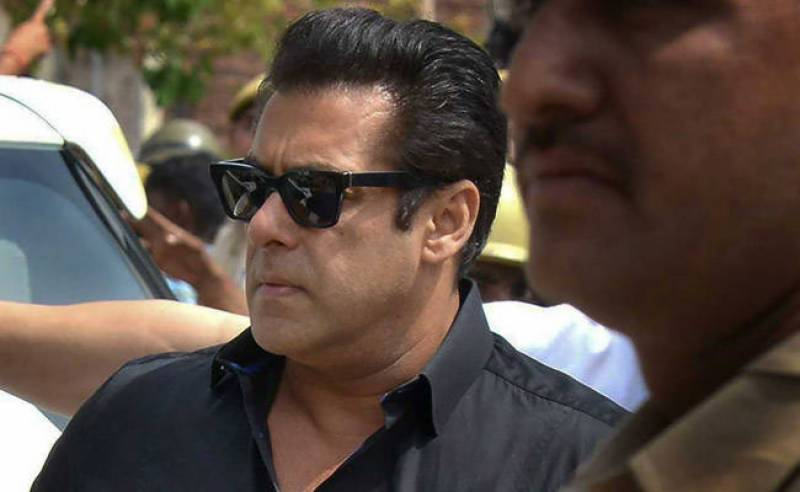 Pakistani celebrities join in on the support for Salman Khan after court sentence