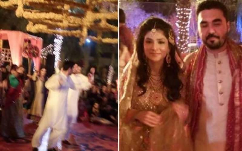 Wedding bells toll for ex-army chief Gen Raheel Sharif's son (Exclusive Mehndi photos)