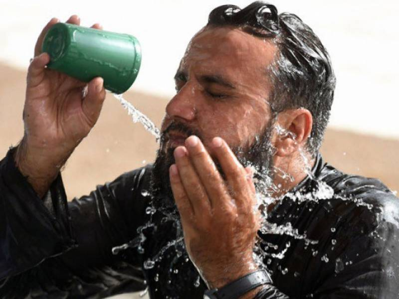 Karachiites to face more heat in next 2 days, warns PMD