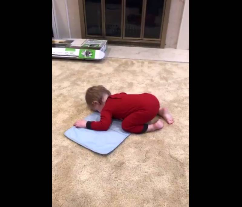 This video of a toddler imitating Muslim teachers has gone viral online