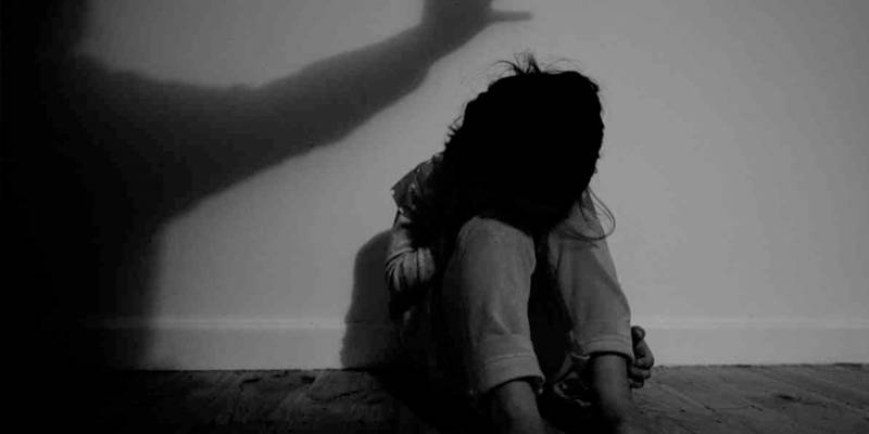 Six 'influential paedophiles' rounded up in Sargodha