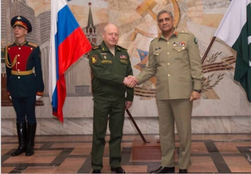 Russia plays positive role to resolve complex situations in region: Gen Bajwa