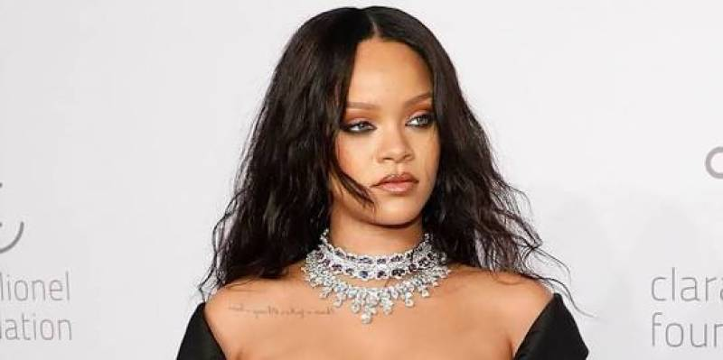 Queen RiRi is trouble and this is how