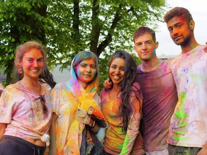 Malala's called out for uploading Holi picture amidst mourning period for Sabika Sheikh