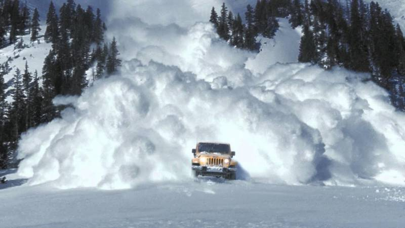 Five Tableeghi Jamaat members killed after buried by avalanche on Babusar top