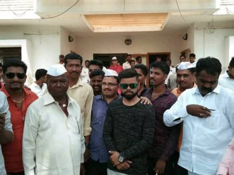 Gram Panchayat candidate promises Virat Kohli as chief guest, ends up inviting lookalike