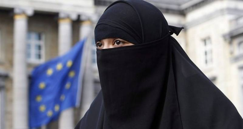 Denmark passes ban on niqabs and burkas in public places